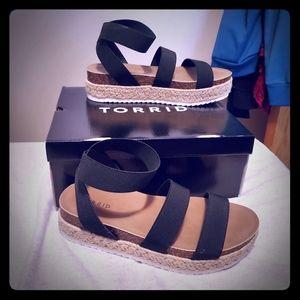 Shoes - Torrid Flatforms